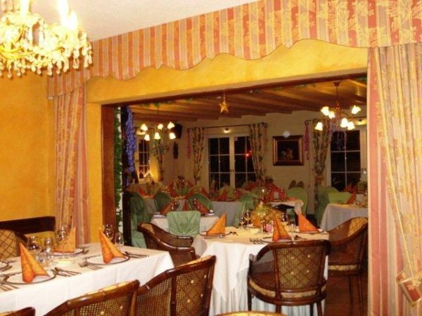 restaurant009
