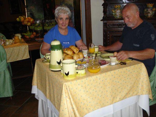 restaurant012